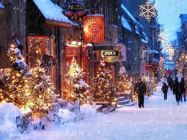 old fashioned christmas town wallpaper - photo #15