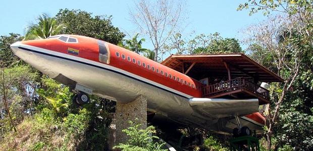 【飛行機ホテル】飛行機を改装して作られたコスタリカのユニークなホテル