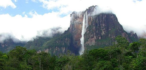 【エンジェルフォール】南米奥地にある世界一の落差を誇る滝