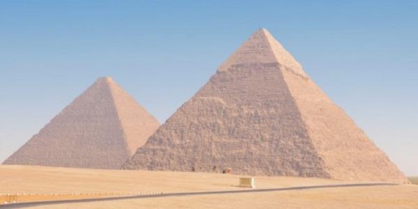【ピラミッド】多くの謎と共に唯一現存する巨大な世界の七不思議