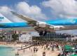 【マホビーチ】飛行機が頭上スレスレを通過する世界一危険なビーチ