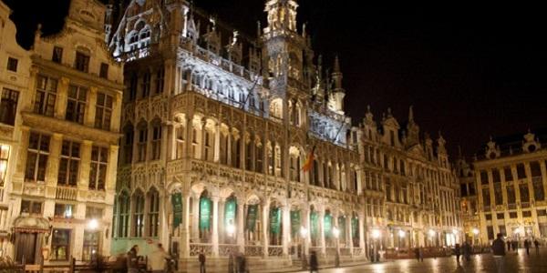 【グランプラス】中世ヨーロッパ建築を今に残す世界一美しい広場