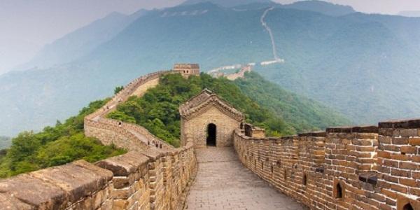 【万里の長城】全長約2万km!山を越えまくりの世界一長い建築物