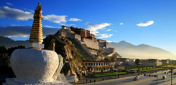 【ポタラ宮殿】標高3,700mに建設されたチベット仏教の巨大な宮殿